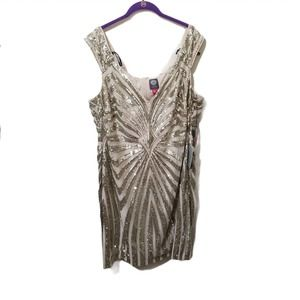 Vince Camuto Gold Dress 20W